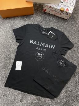 Black Balmain T Logo.jpg